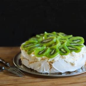 Pavlova, dessert kiwi