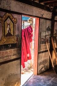 Corde à linge, monastère